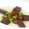 song-vu-C03-chao-huyet-pork-blood-jelly-congee